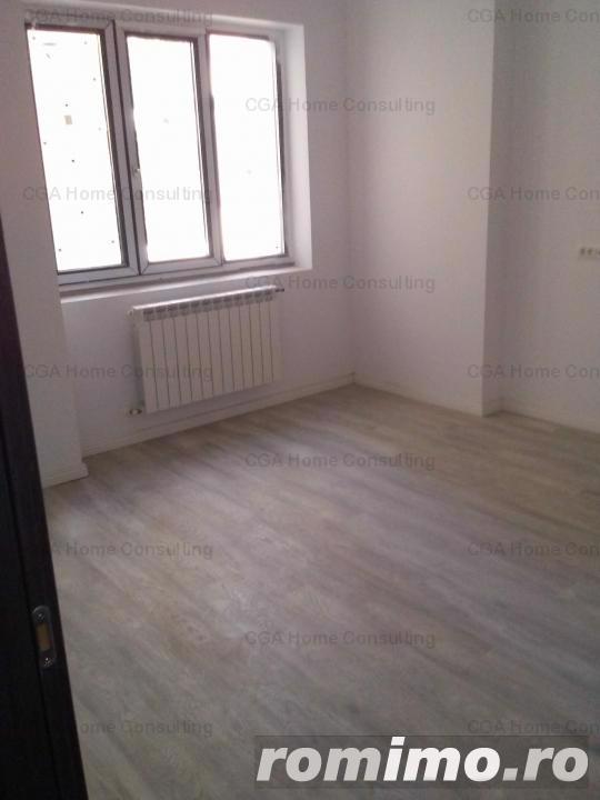 Apartament  de vanzare, cu 2 camere si bucatarie de 11 mp, in zona Mariott