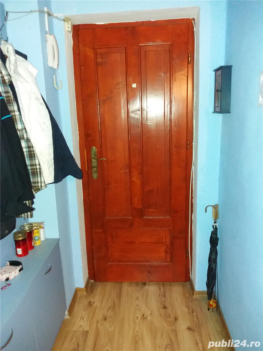Vand apartament 4 camere decomandat