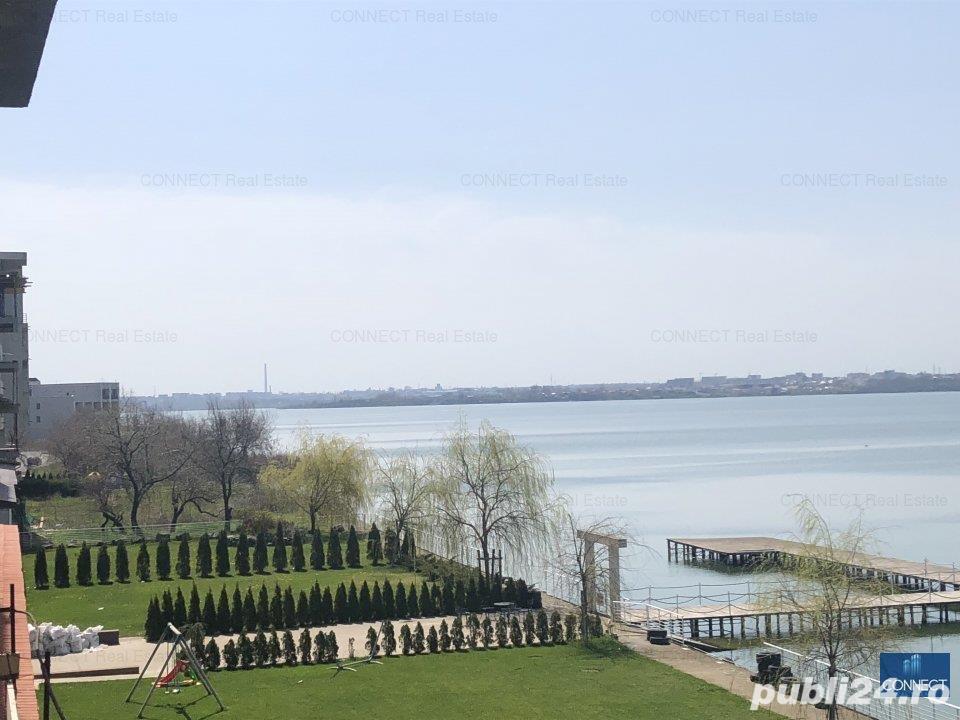 Statiunea Mamaia, prima linie la lac, ponton ambarcatiuni