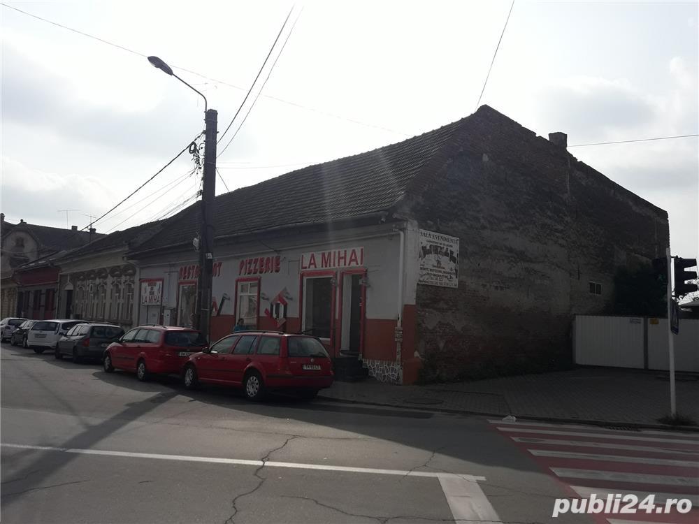 Vand casa caramida/spatiu comercial/  restaurant,situat central