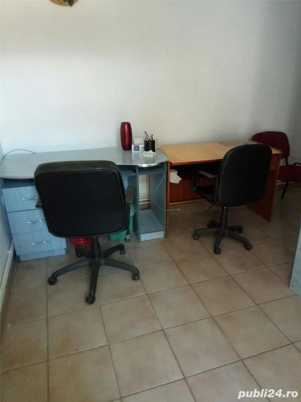 Inchiriez birou comercial