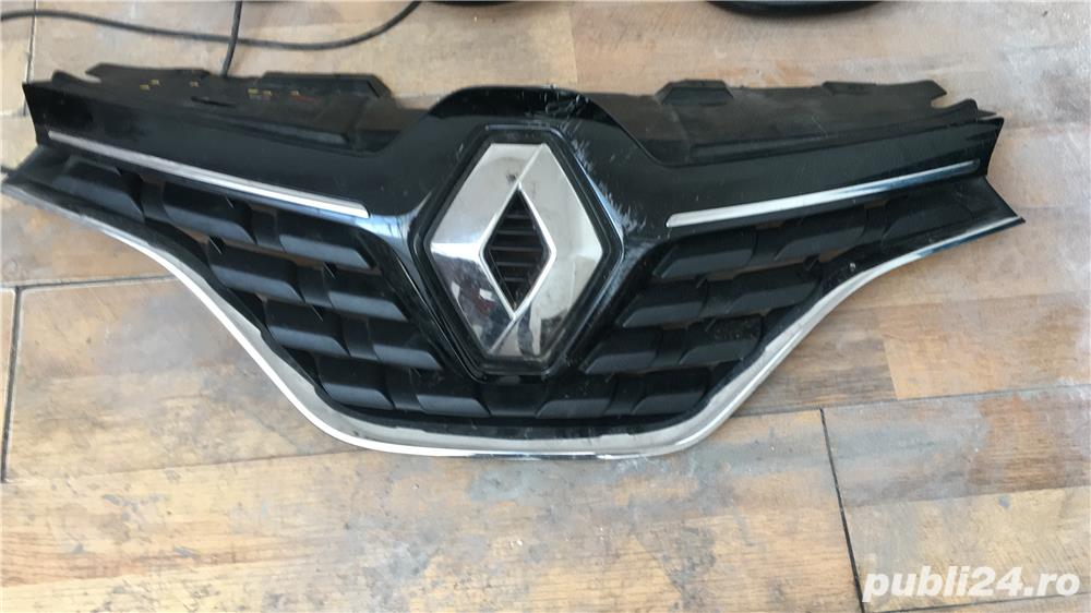 Grila radiator bara fata cu emblema Renault Kadjar