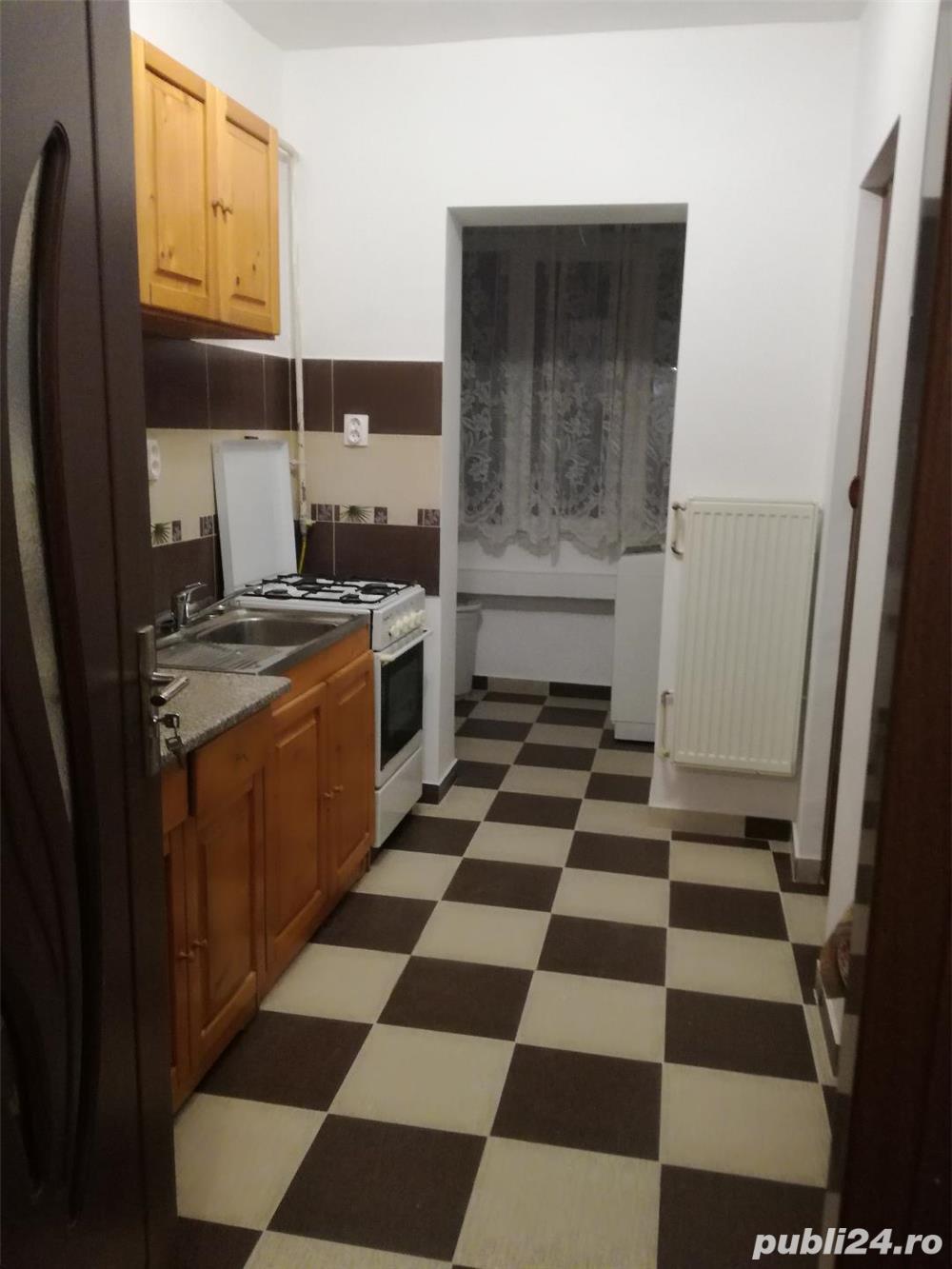 inchiriez apartament cu 2 camere zona Dacia