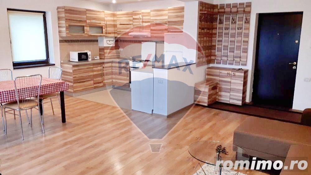 Inchiriez apartament decomandat, Dobrogeanu Gherea