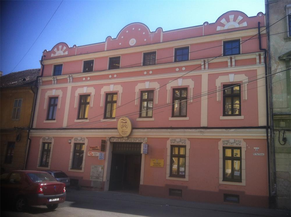 Apartament in PIATA UNIRII, cu scare interioara, DIRECT DE LA PROPRIETAR