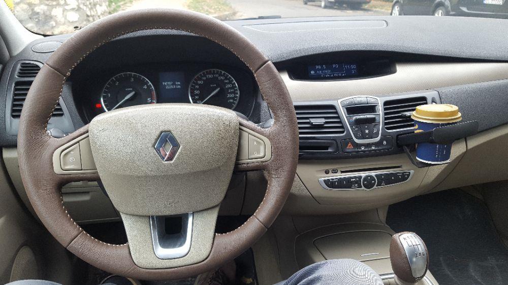 Renault Laguna 3 Privilege 140.000 KM 2.O DCI 150 CP