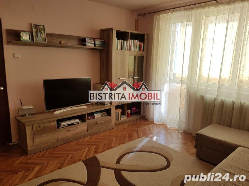 Apartament 3 camere, Calea Moldovei (OMV), etaj 3, finisat, bloc din caramida, izolat
