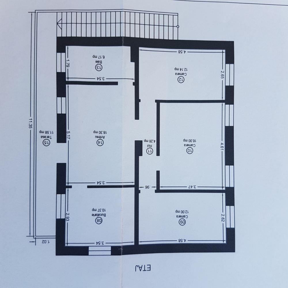 Vand ap la etaj in vila P+E,4camere,in zona Kiriac,cu intrare separata