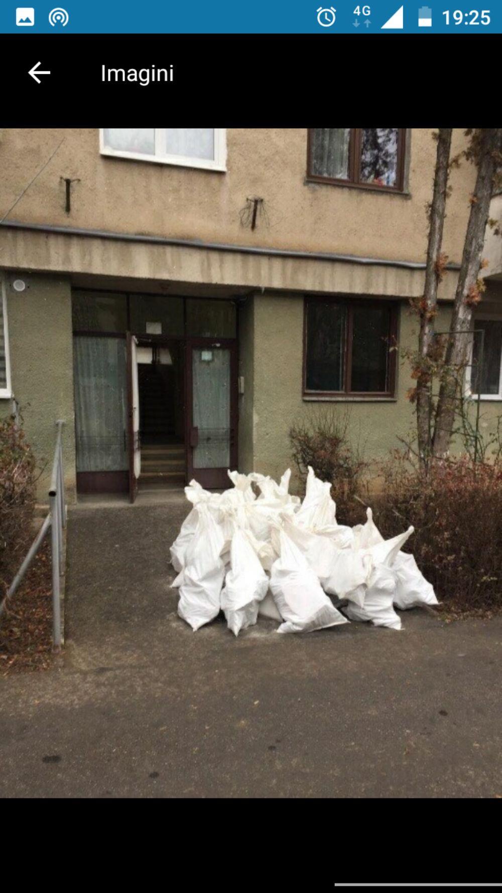 Debarasari moloz  în saci gunoi deșeuri ridic moloz cu bobcat executam lucrari cu camionete