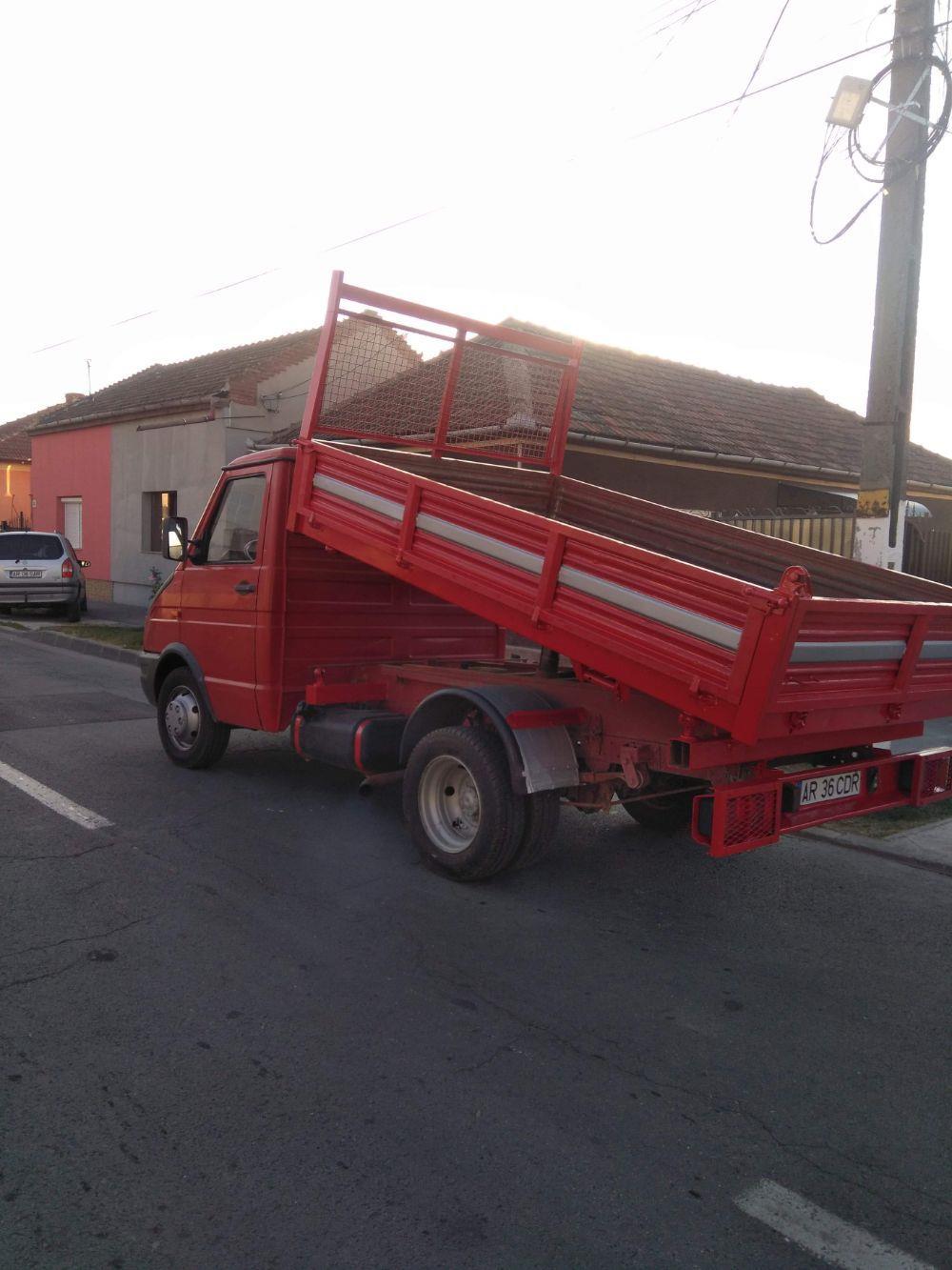Transport marfa mobilă materiale de construcții executam mutări transport moloz în saci gunoi