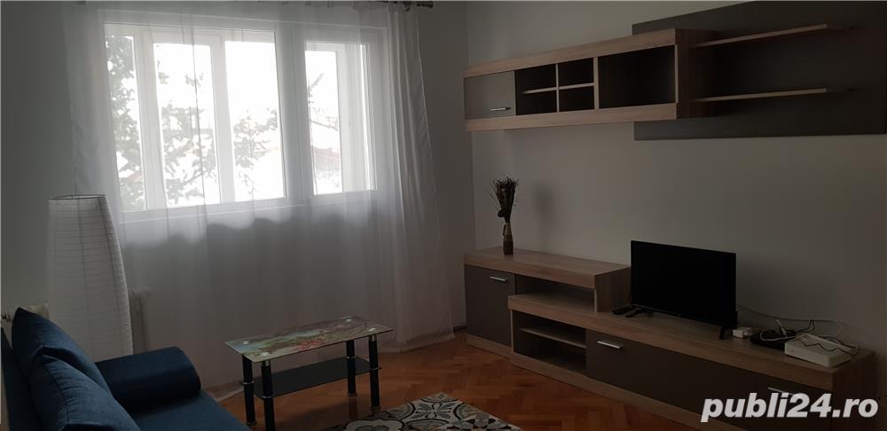 Inchiriere apartament 3 camere, Bucurestii Noi (metrou Parc Bazilescu)