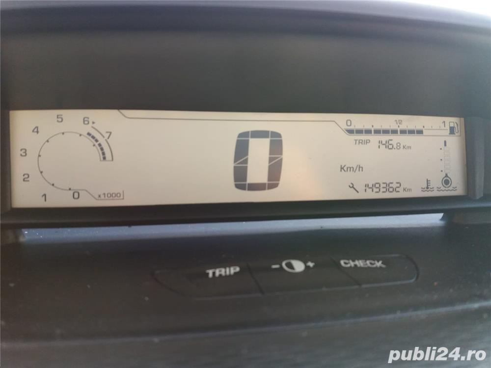 Dezmembrari Dezmembrez piese auto Citroen c4 5FW 1.6b 2009 149.000km