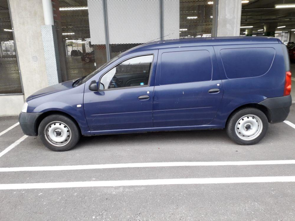 Vând Dacia Logan Van Autoutilitară