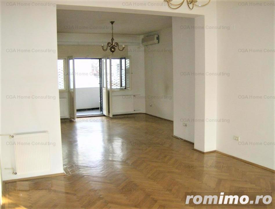 Apartament de vanzare 4 camere zona Romana