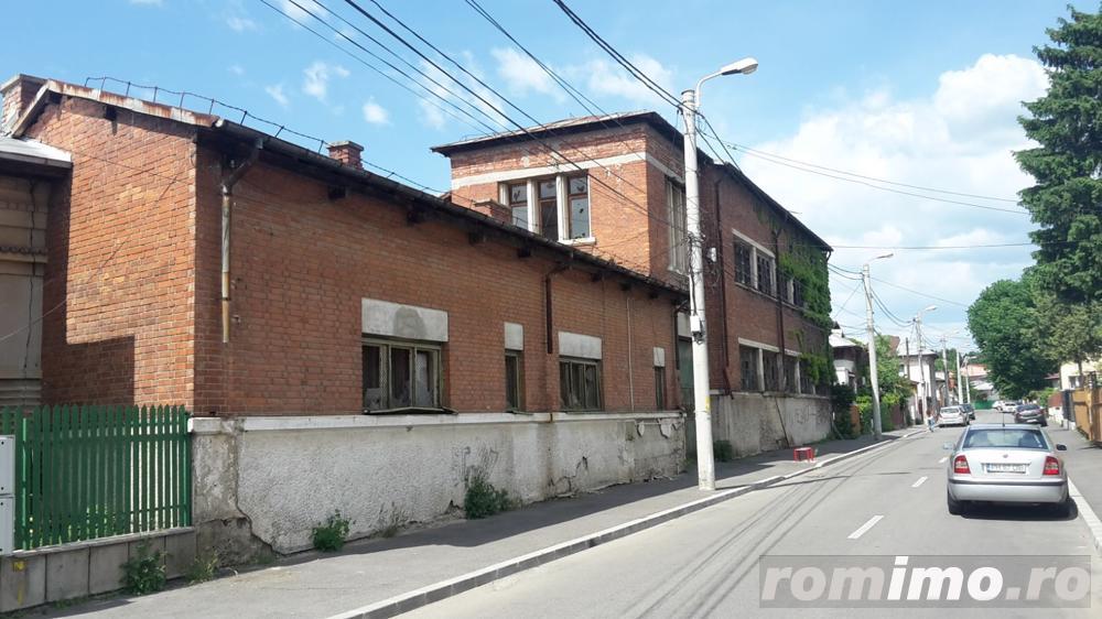 Ploiesti central p+2 1800mp. fosta fabrica. 350000 Euro
