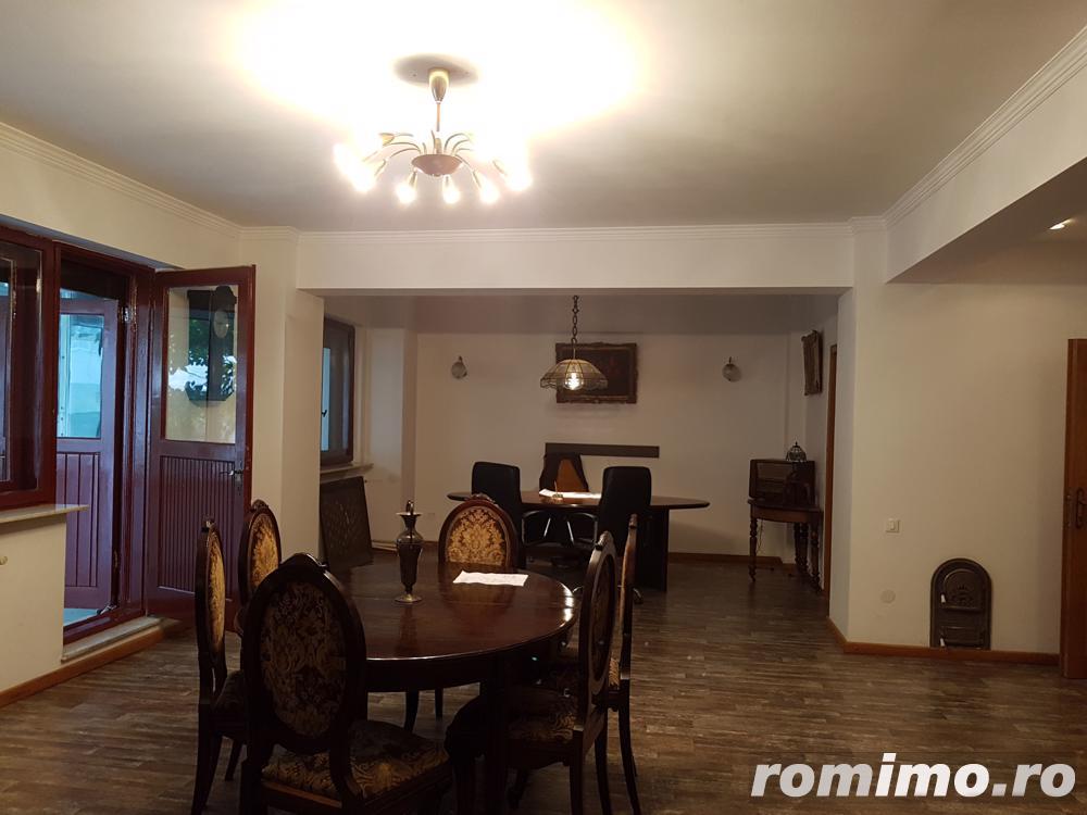 Apartament 3 camere zona Polona