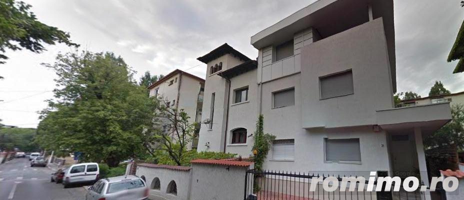 Primaverii-apartament in vila,et.1+mansarda