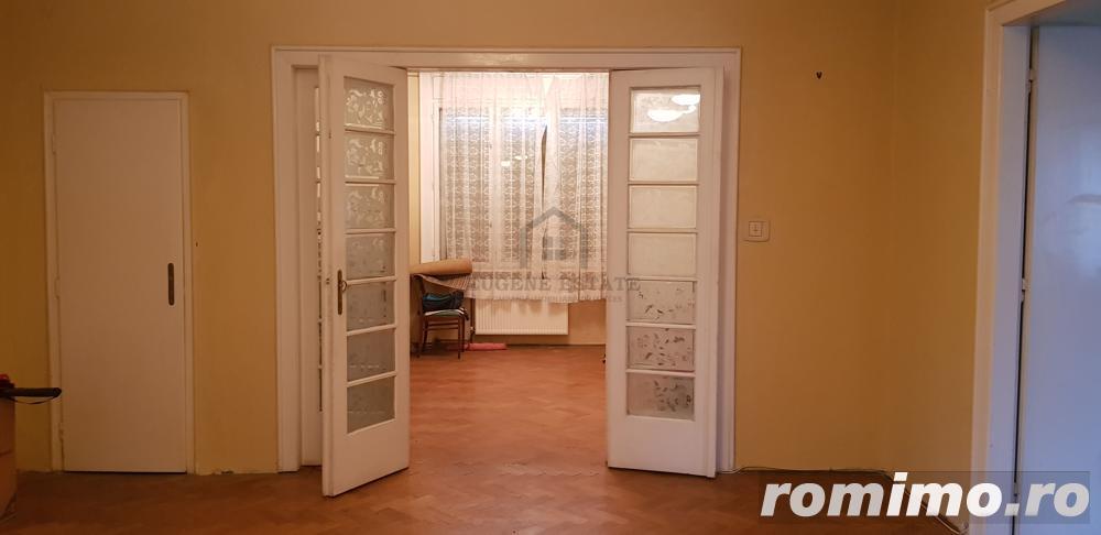 Apartament 4 camere, 143 mp, ideal pentru investitie, Central