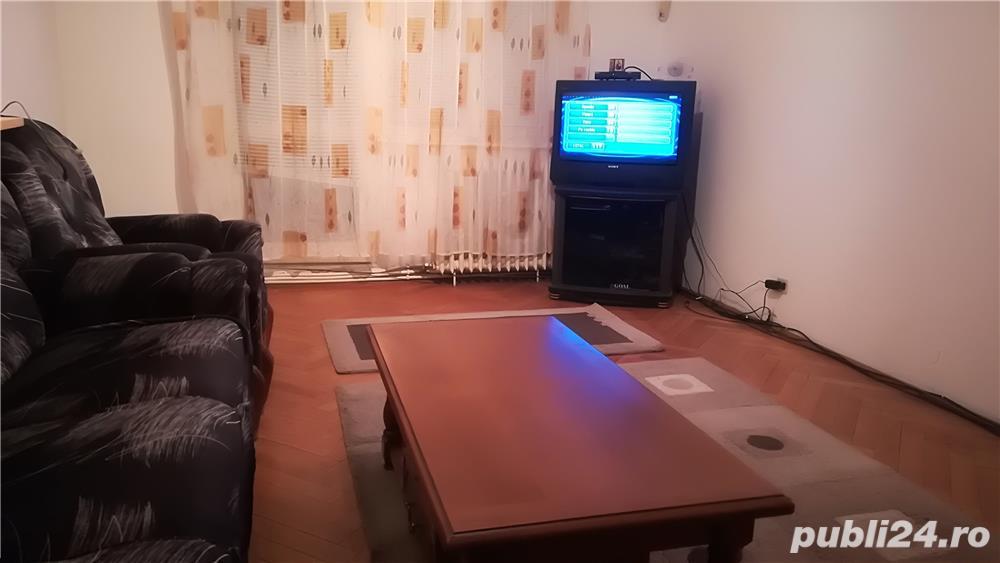 Închiriez apartament ultracentral pe langa Magazinul Dumbrava langa Politie