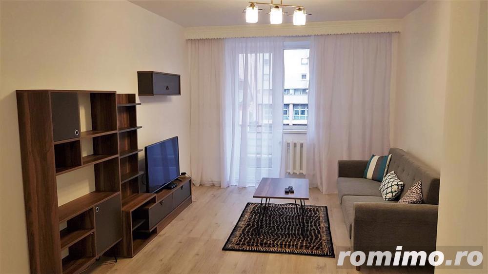 Apartament 3 camere lux, ultracentral, et.2