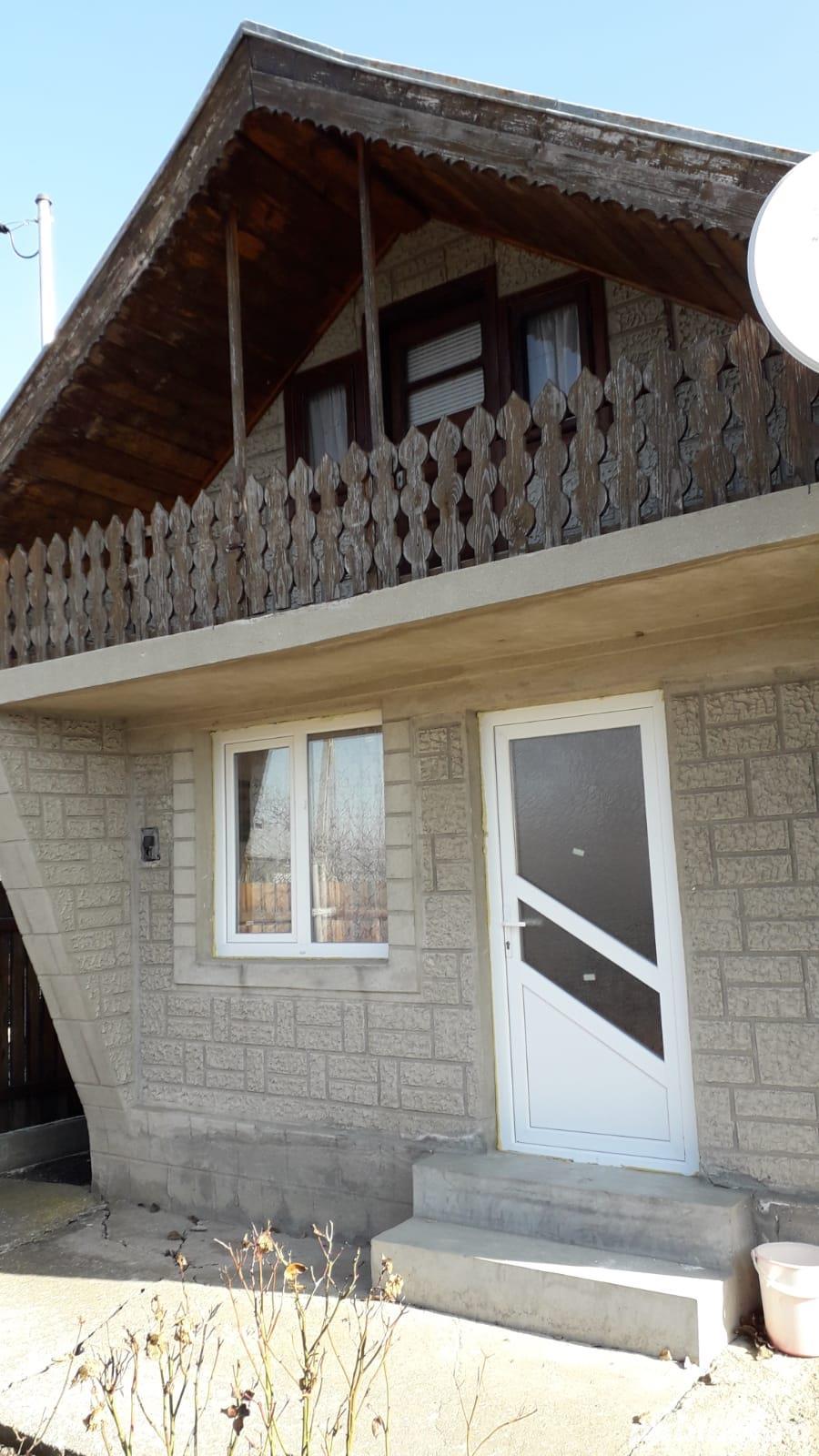 Casa de vânzare la țară în Clondiru de jos Com Ulmeni
