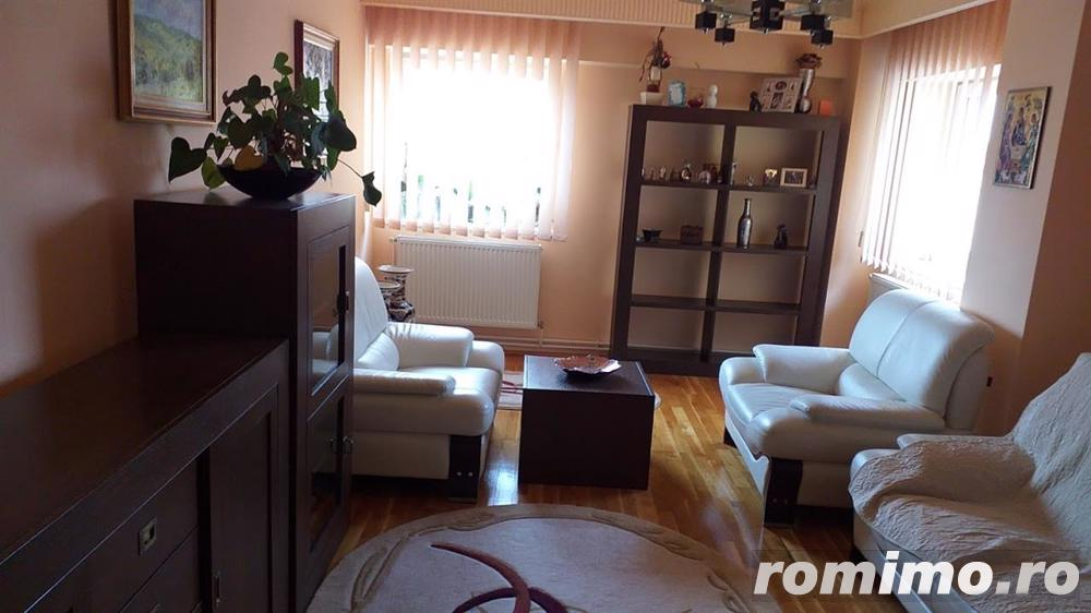 Apartament 4 camere, etaj intermediar, ultracentral