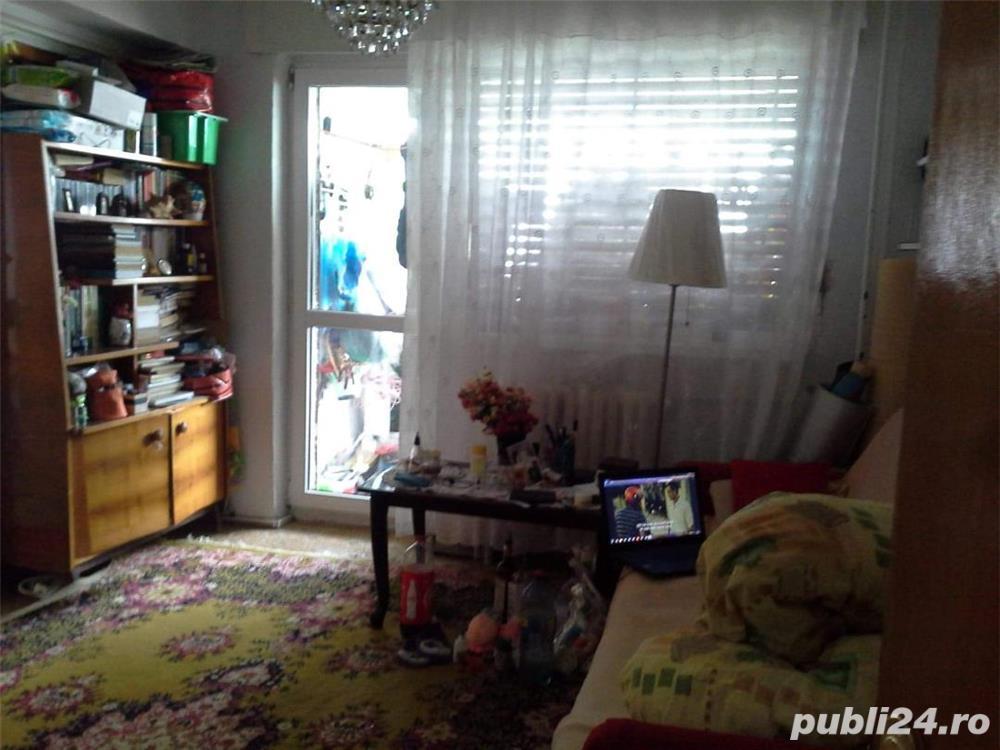 Apartament 3 camere P-ta. Delfinului
