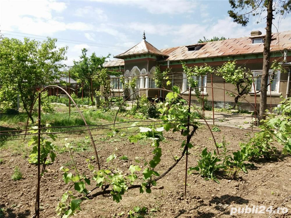 Vând casă cu teren de 6800m2, sat Iazurile județul Tulcea