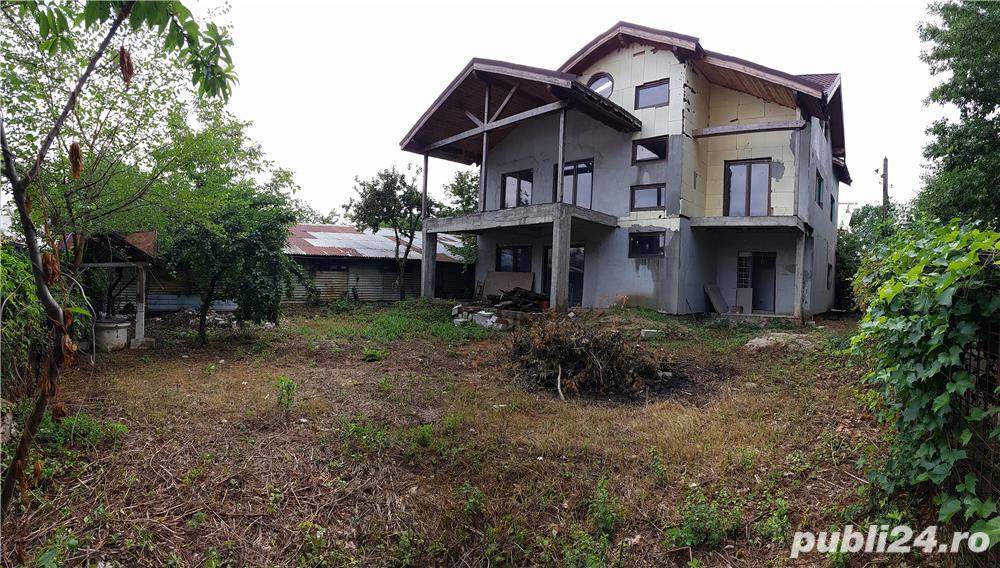 Snagov- Ghermanesti vila cu acces exclusiv lac-ponton