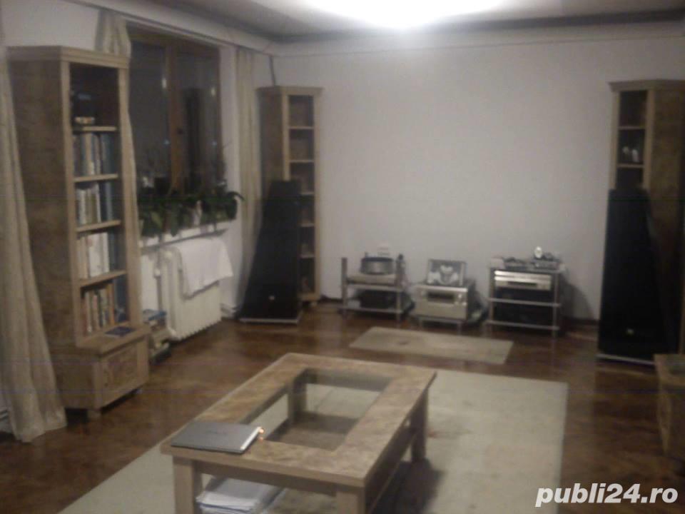 Apartament 3 camere,Cornisa