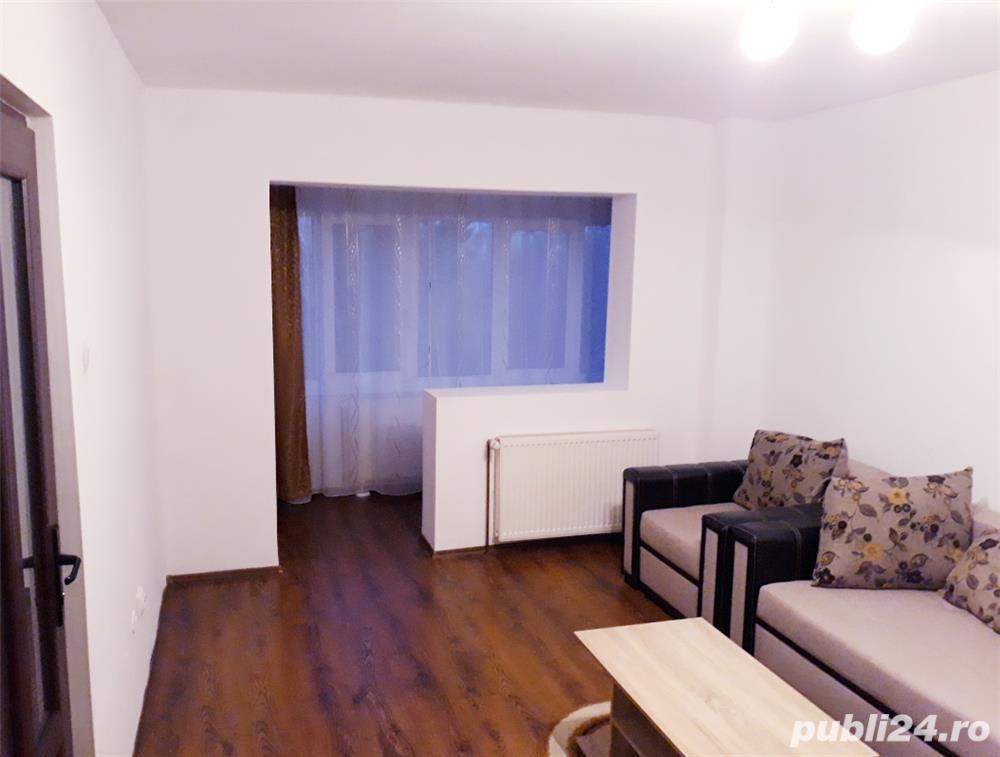 Particular închiriez apartament cu două camere Centru Civic,   Toamnei