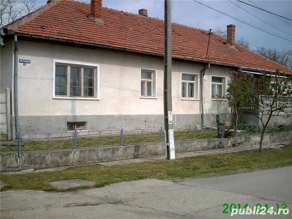 Vand/schimb casa din caramida 200 mp in Sarmasag, jud.Salaj cu garsoniera in Cluj la 45000 euro