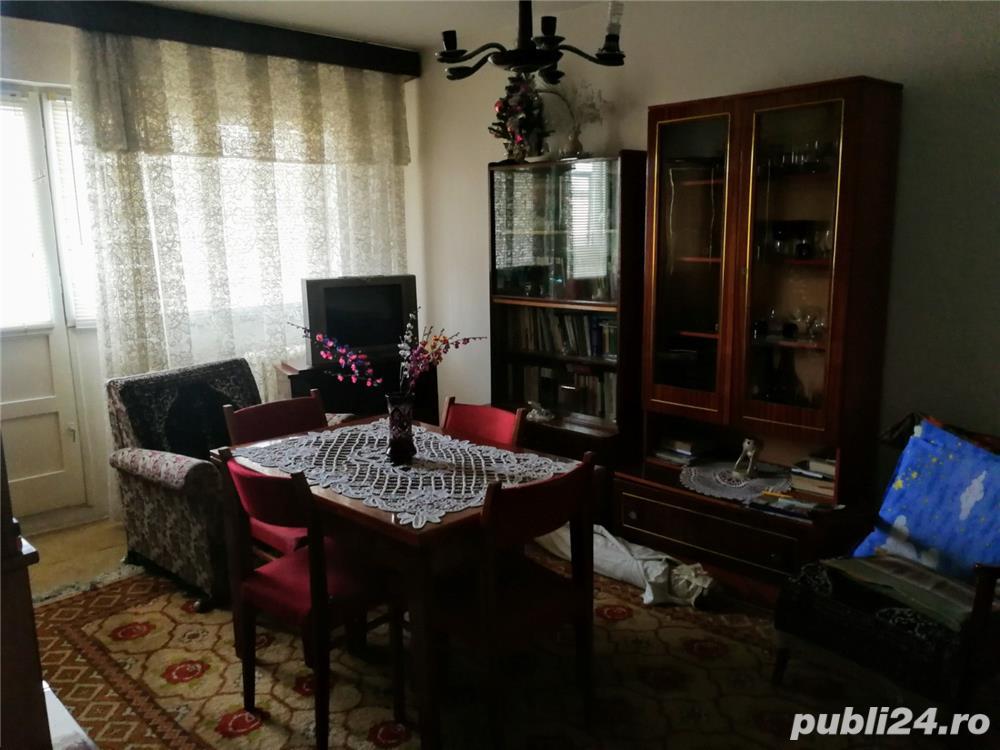 Vanzare apartament 3 camere, zona Republicii (ID:F1569)