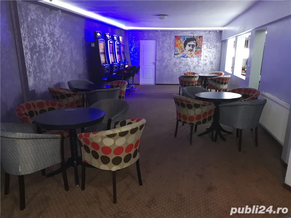Angajez ZONA CALEA SAGULUI barman operator pariuri si sloturi (fete)SALAR 2500ron