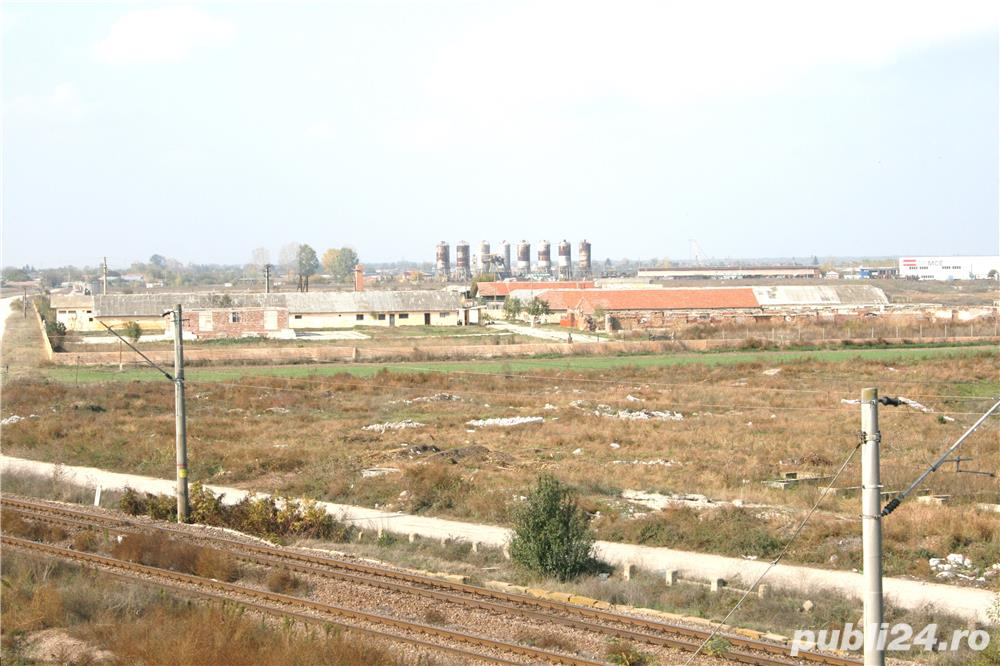 STOENESTI - Olt, vanzare ferma cu teren 18 Ha. comasat (imprejmuita cu gard), plus multe facilitati