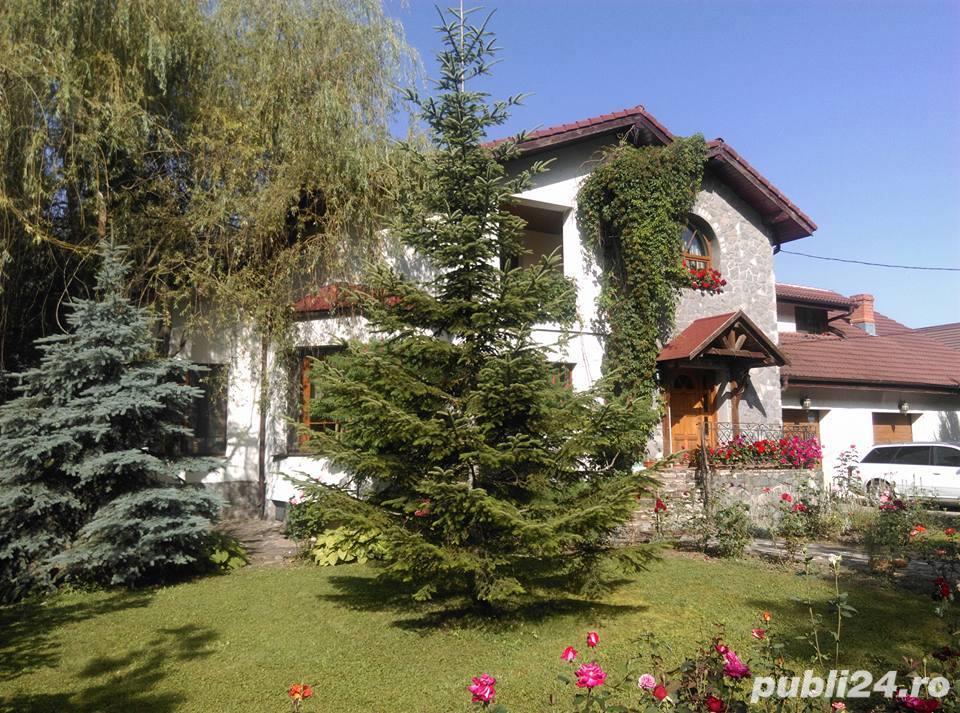 Vila superba langa padure in Corbeanca curte 3200mp