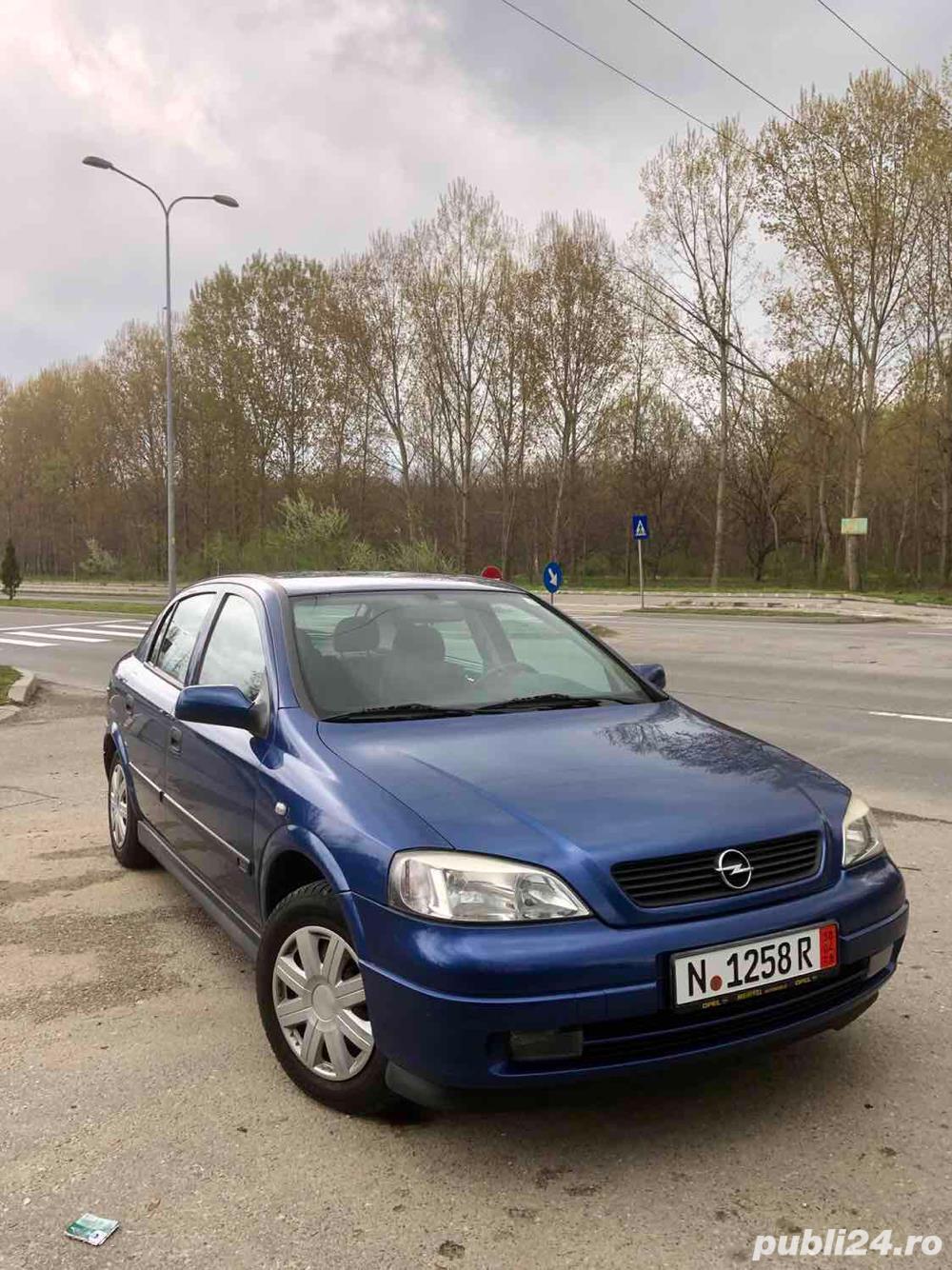 Opel Astra G 1.6i euro 4 120000km cu carte service