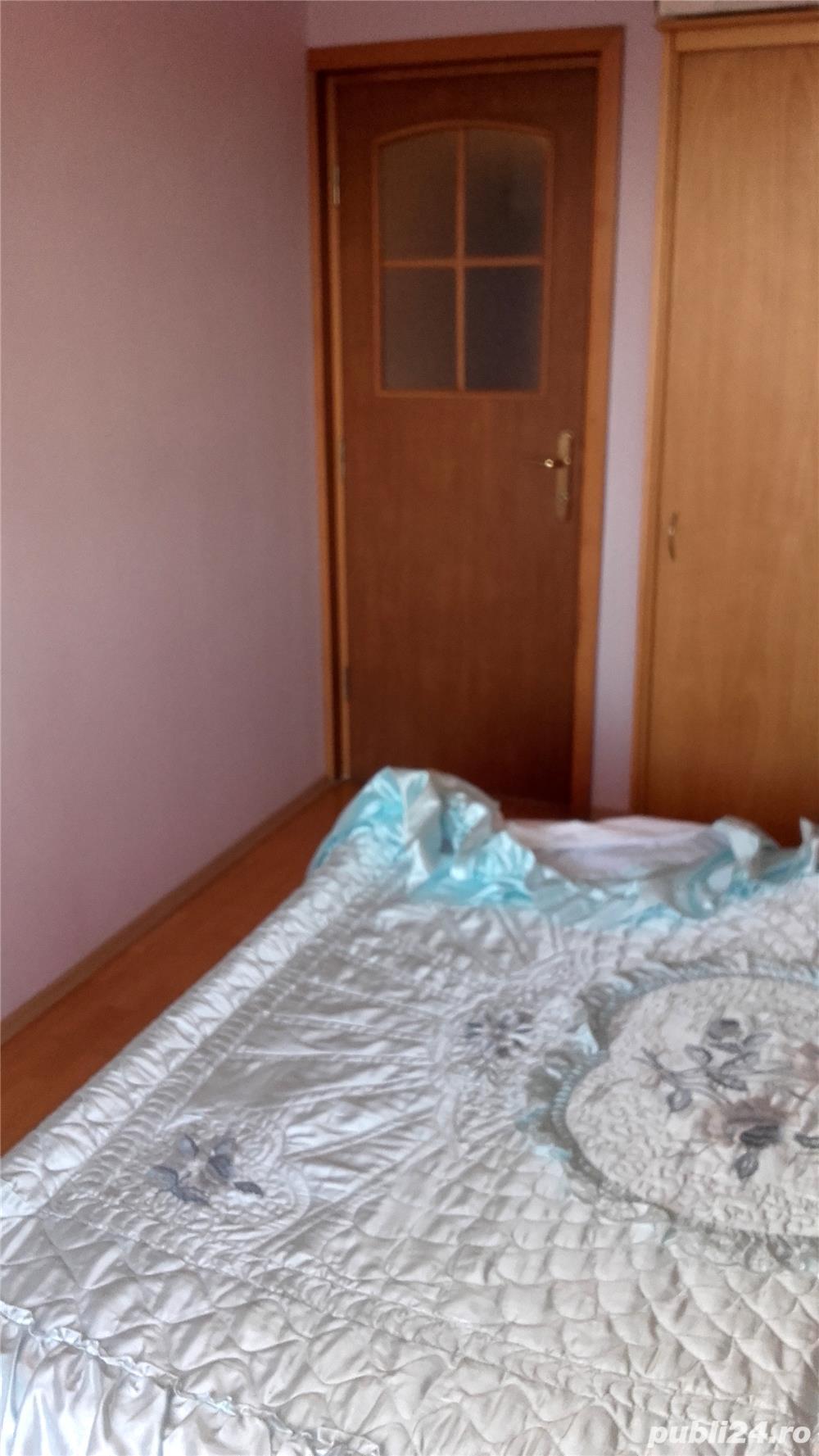 Vand apartament 4 camere, Bucuresti, sector 4 , Berceni, zona Aparatorii Patriei - Oltenitei