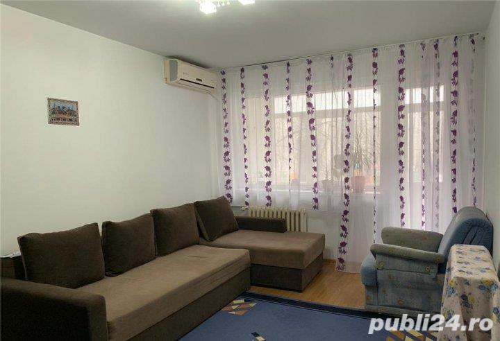 Apartament 3 camere decomandat etaj 1-70mp--Bulevardul Obregia