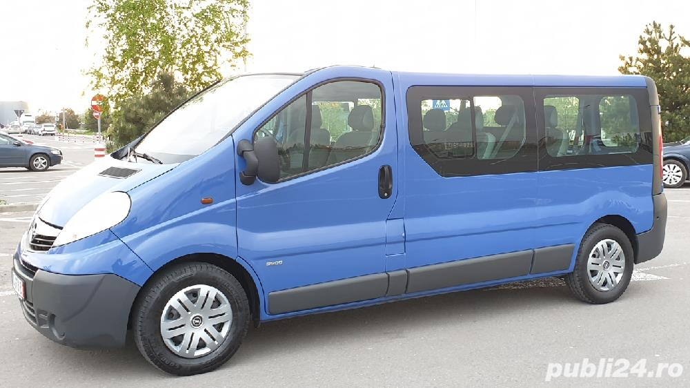 Opel Vivaro..9 locuri..varianta lunga