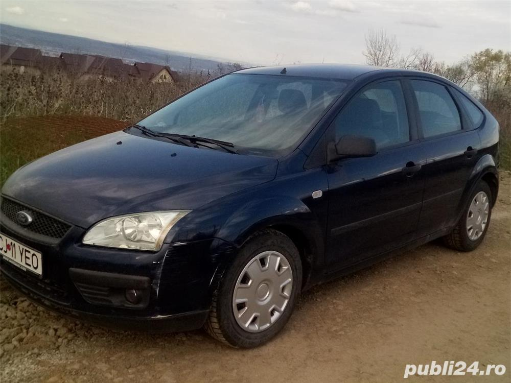 Ford Focus Hatchback din 2005