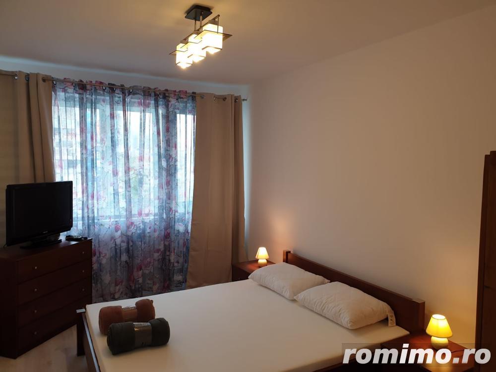 Apartament 58mp, 3 camere, semidecomandat in zona Stefan cel Mare.