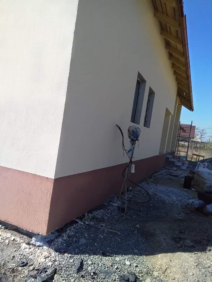 Amenajări interioare exterioare etc constructi