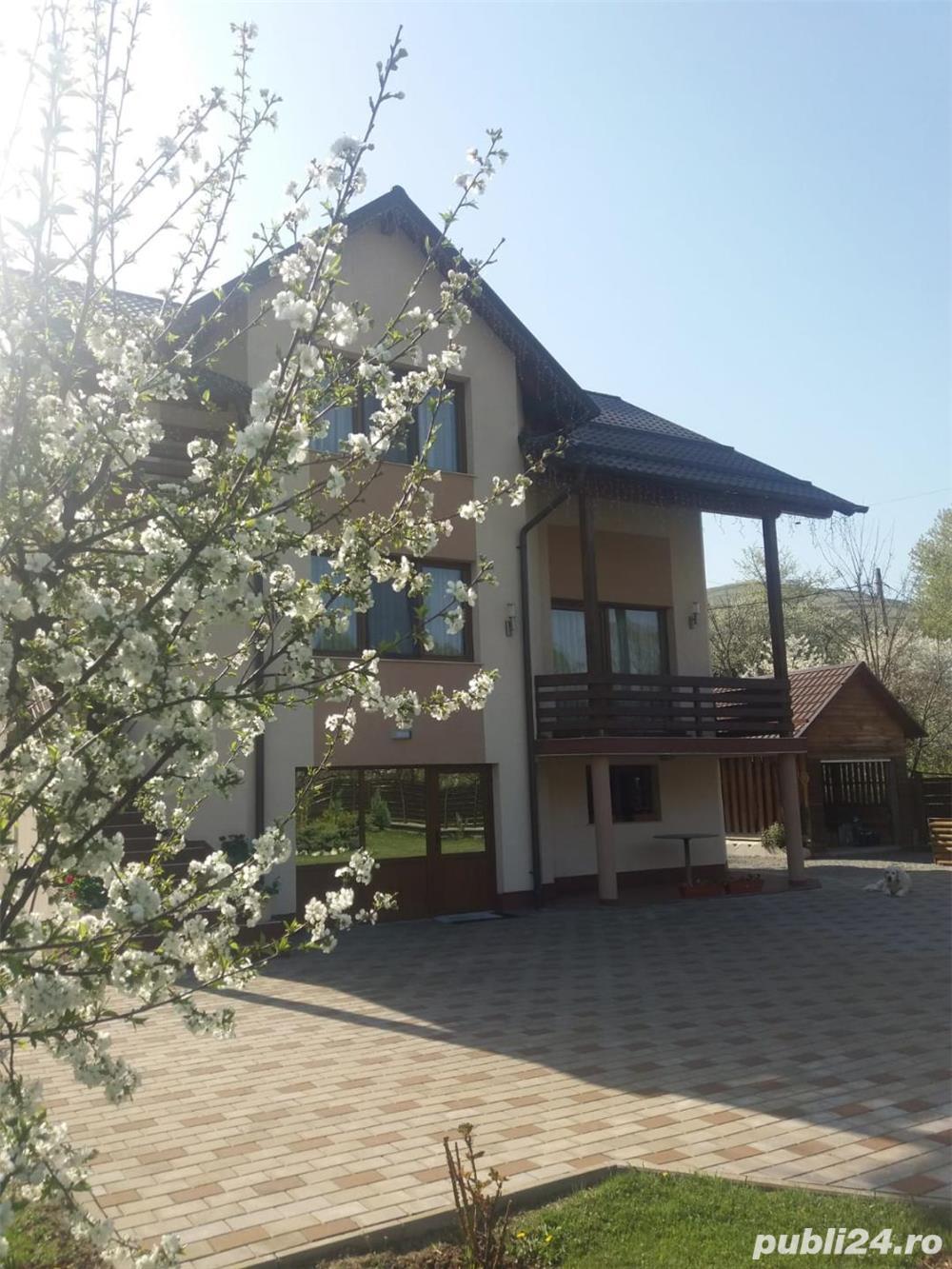 Casa Anies cu 15 arii teren , finisata total