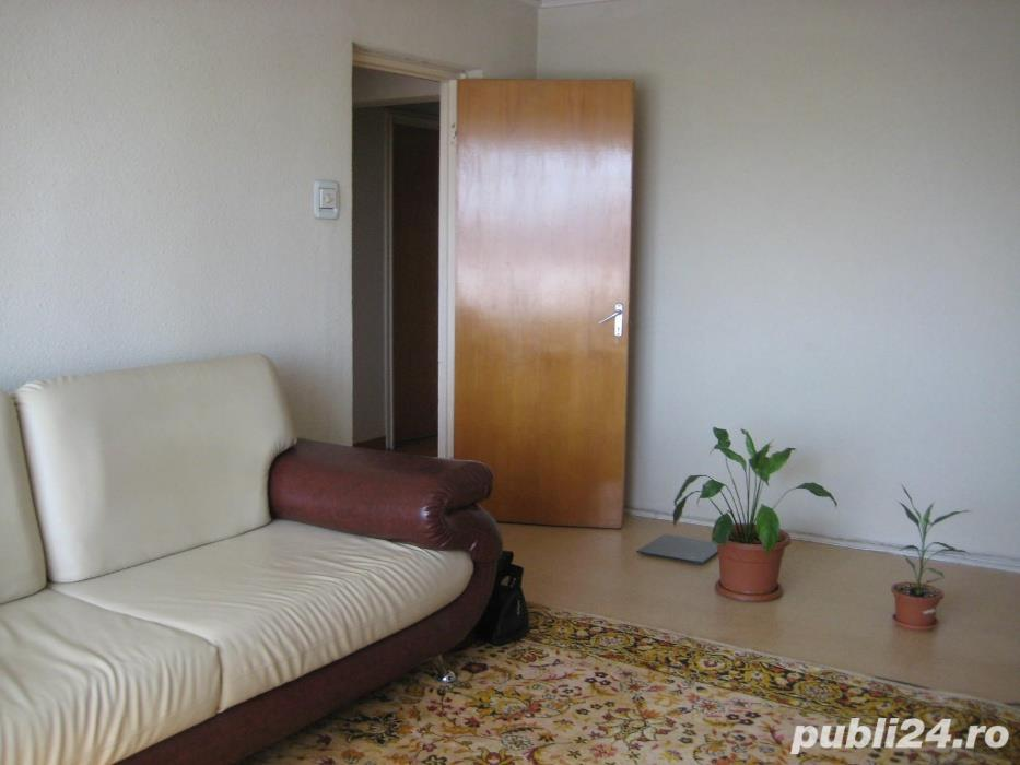 Apartament 3 camere decomandat -Brancoveanu / Huedin