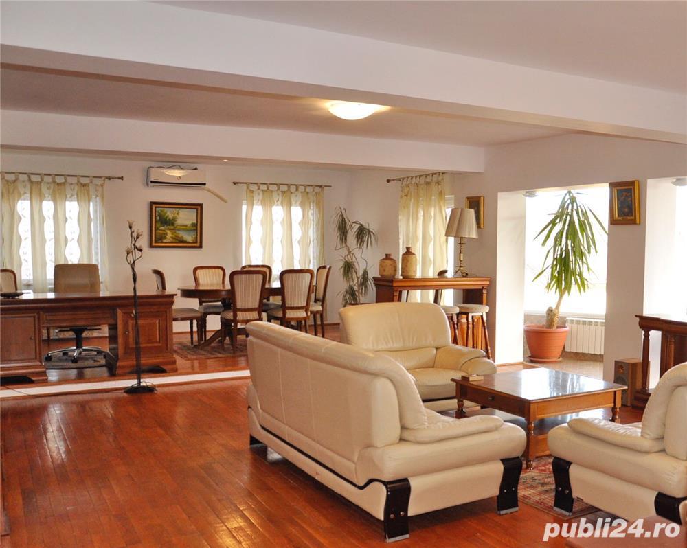 Inchiriez apartament ultracentral in vila zona Trei Stejari