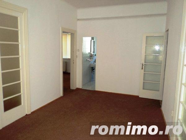 Victoriei , I.G. Duca apartament in Vila ,5 cam etaj 1