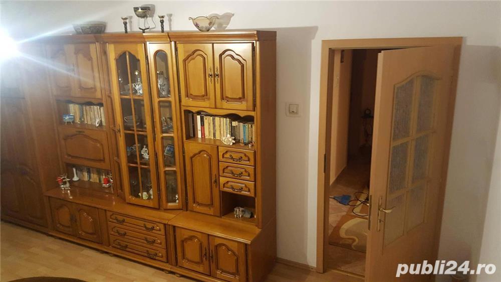 Proprietar Vand Apartament 2 camere suprafata:56 m² complet mobilat. Pret negociabil
