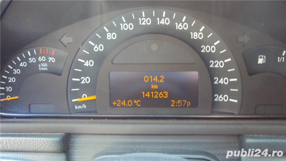 Mercedes-benz Clasa C180