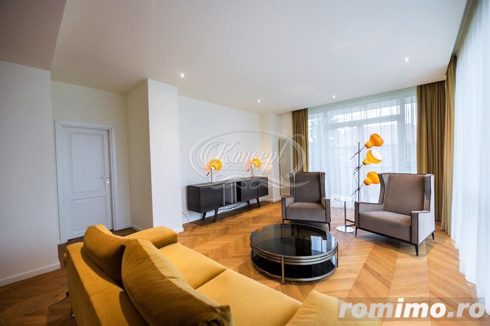 Apartament de LUX cu 2 camere, zona str. Republicii